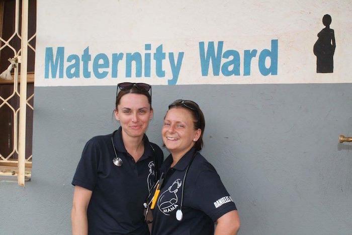 Hayley & Danielle volunteer in Uganda